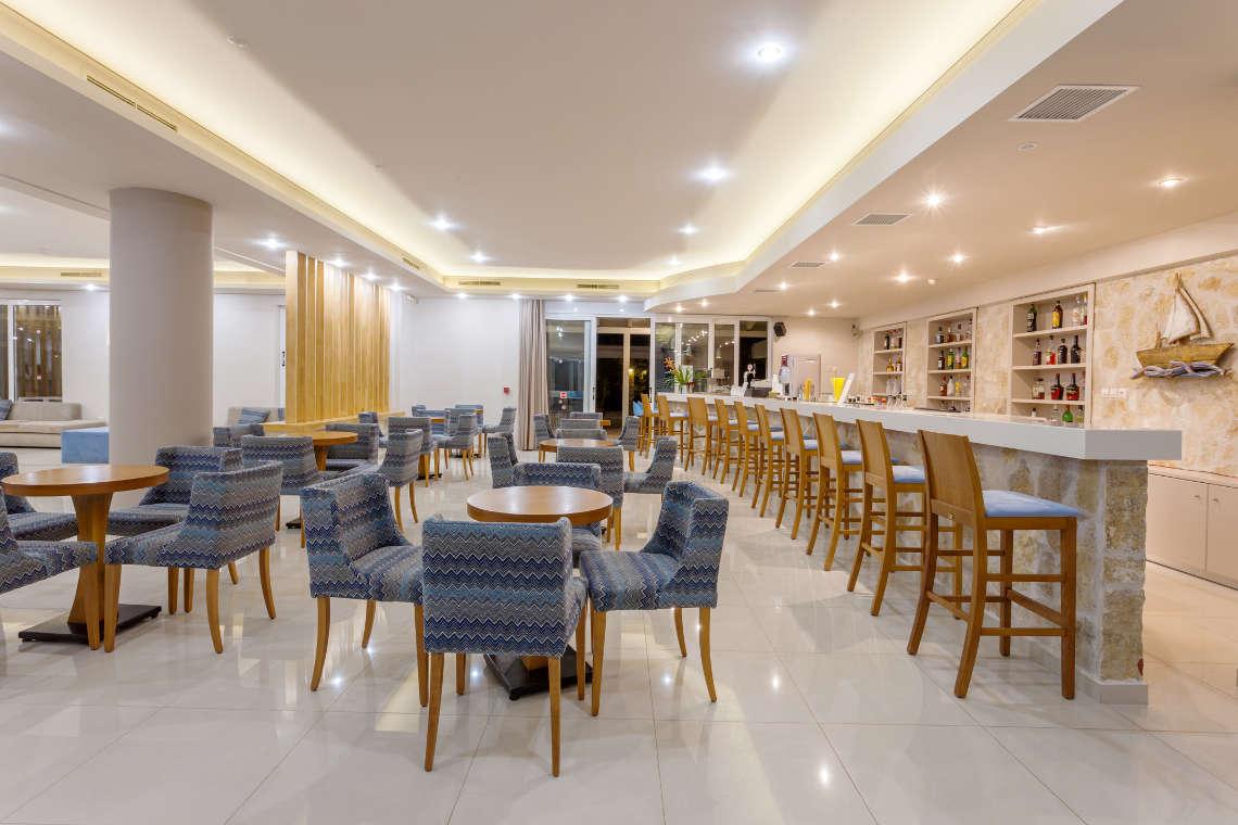 alykanas-village-hotel-lounge-3