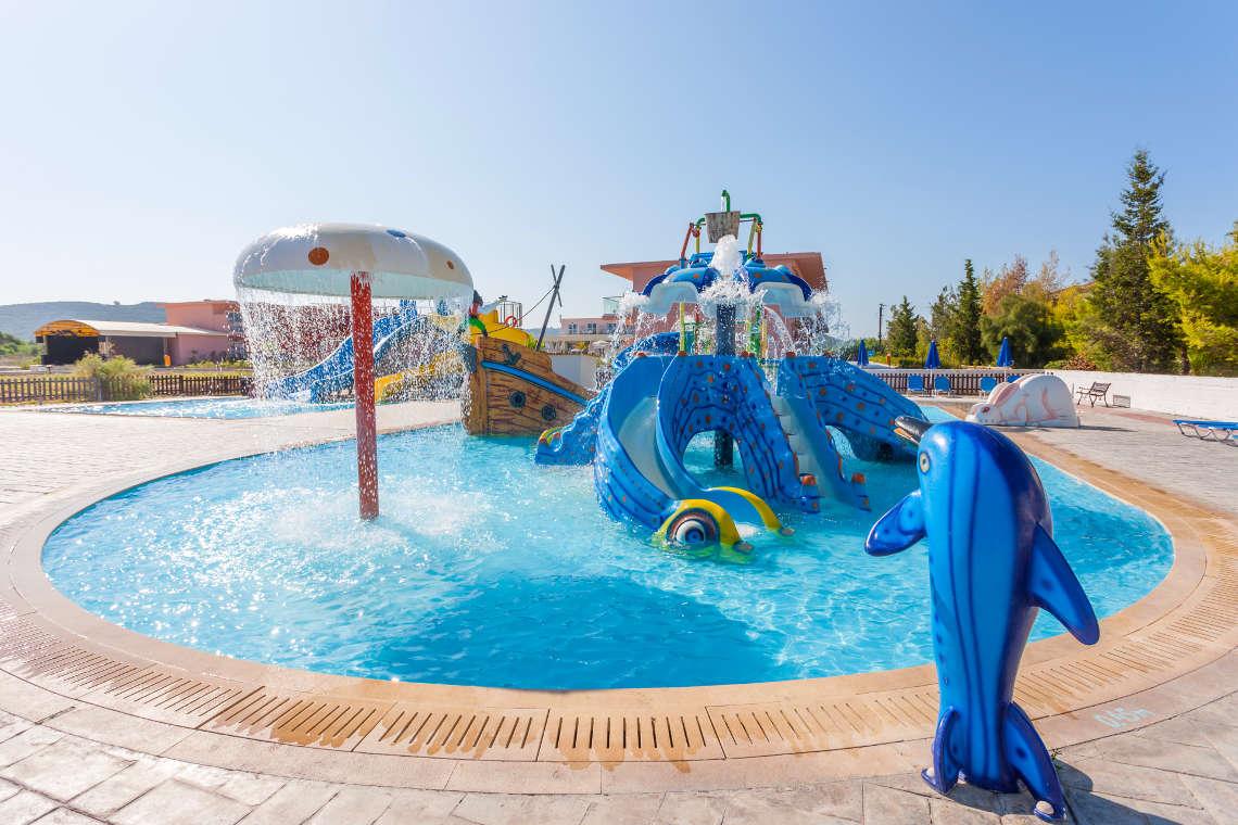 alykanas-village-hotel-pool-15