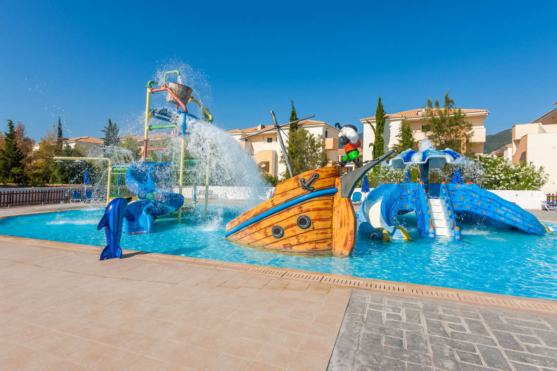 alykanas-village-hotel-pool-4