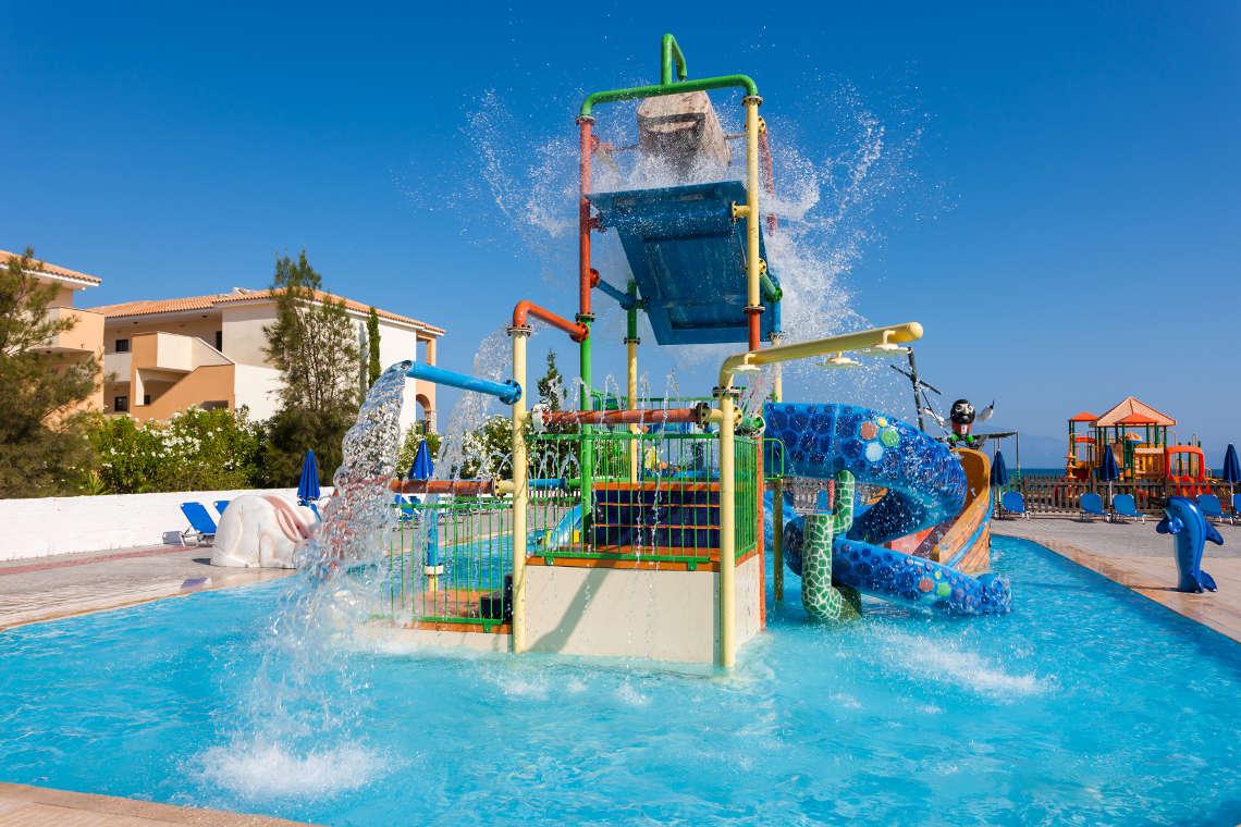 alykanas-village-hotel-pool-6