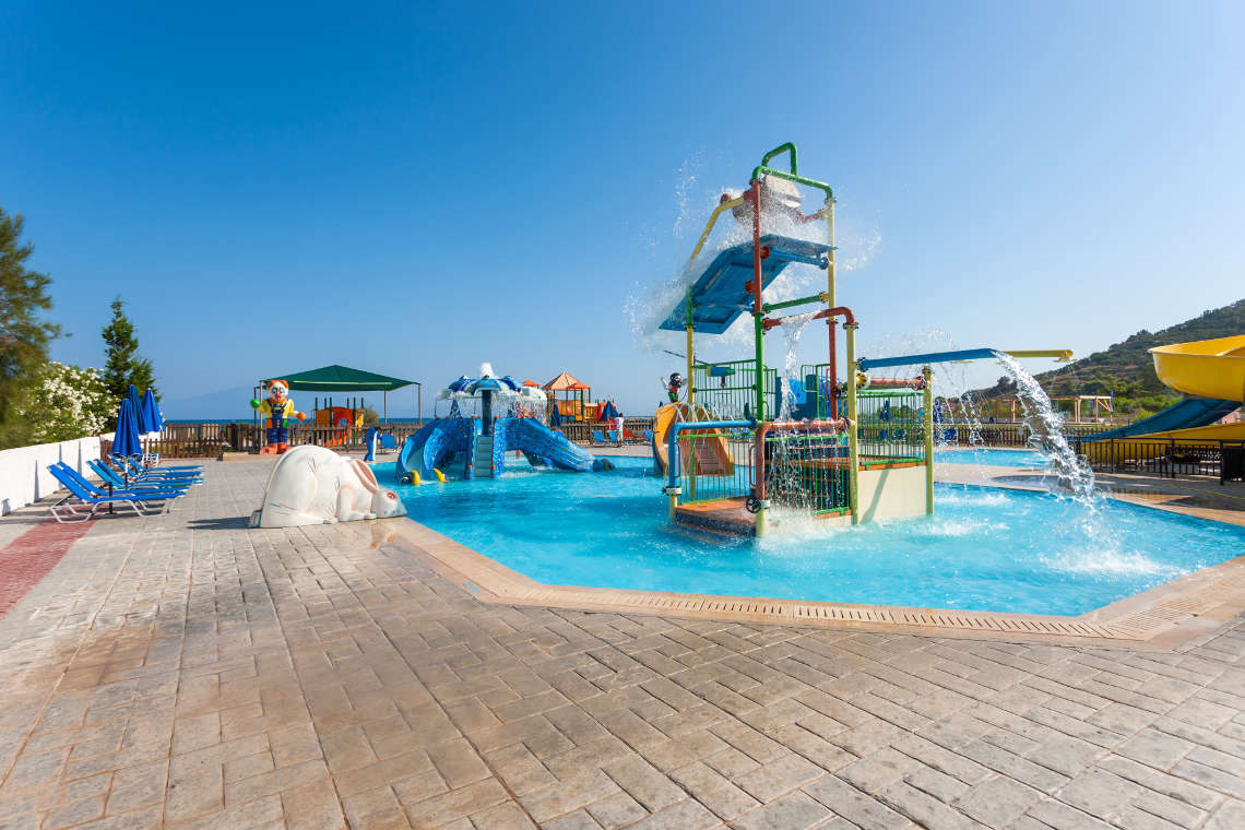 alykanas-village-hotel-pool-7