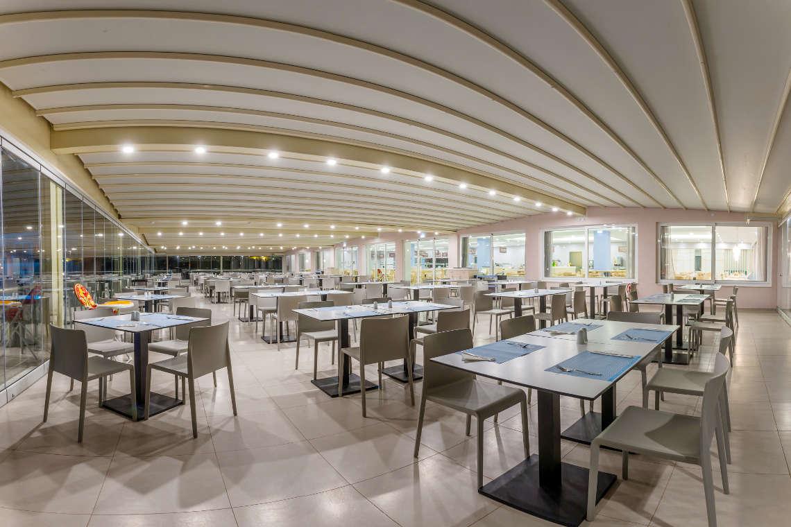 alykanas-village-hotel-restaurant-interior-1