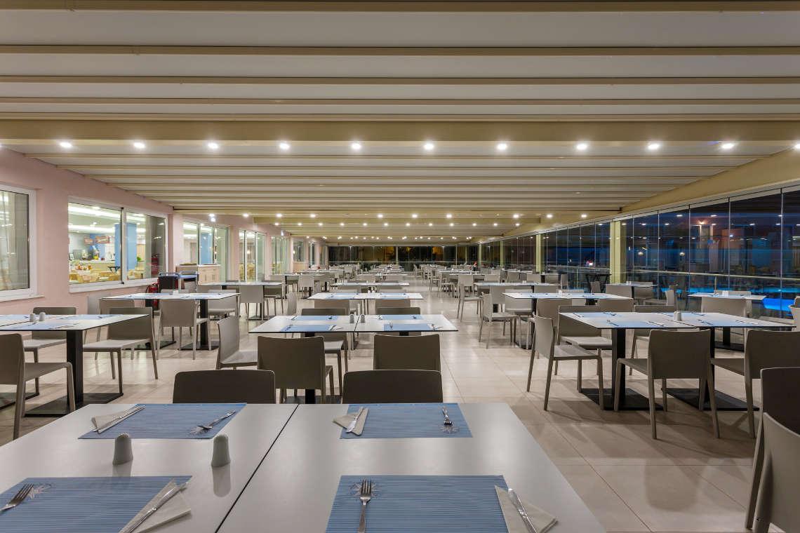 alykanas-village-hotel-restaurant-interior-4